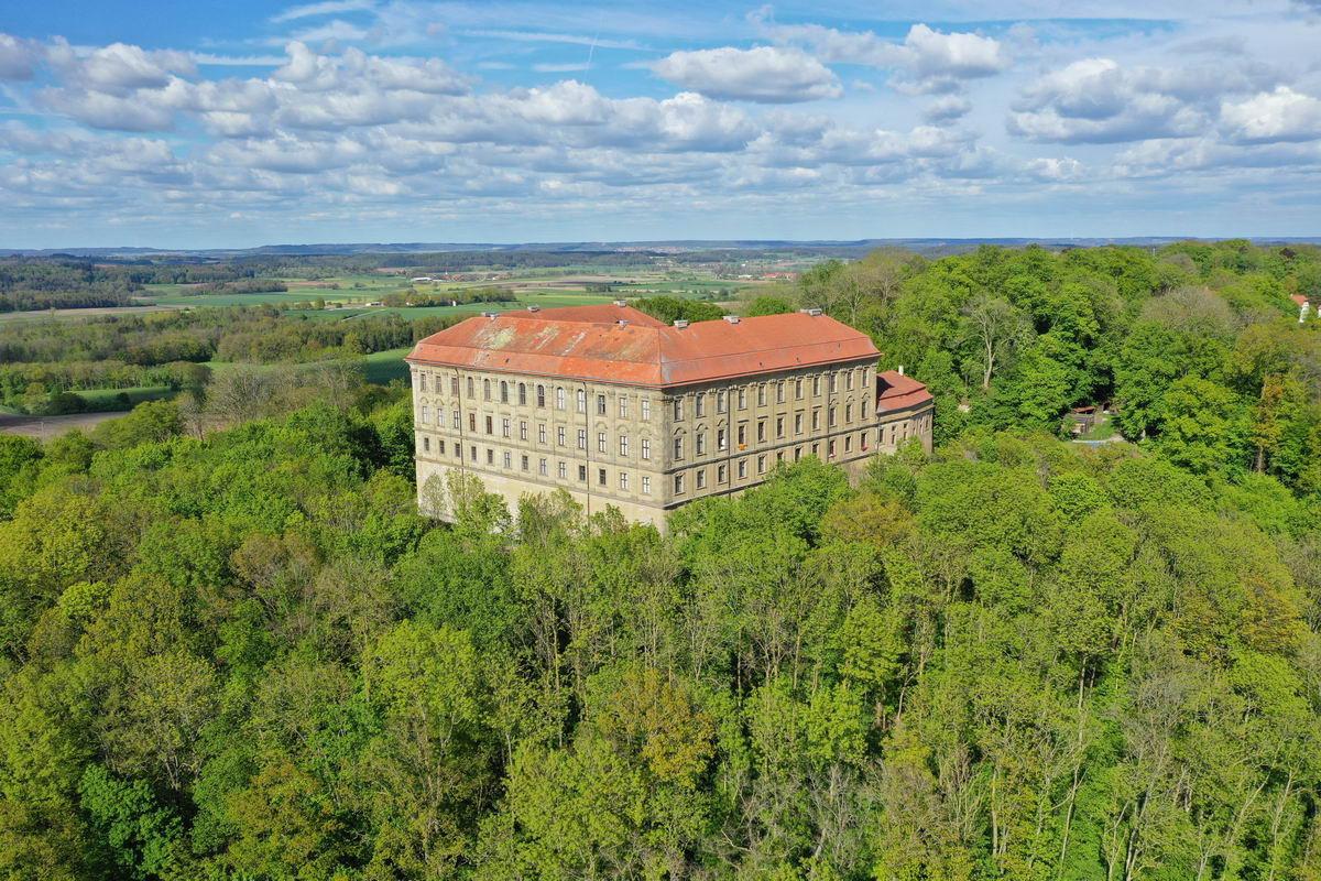 Hotel-Wender-Schloss Schillingsfürstneu1